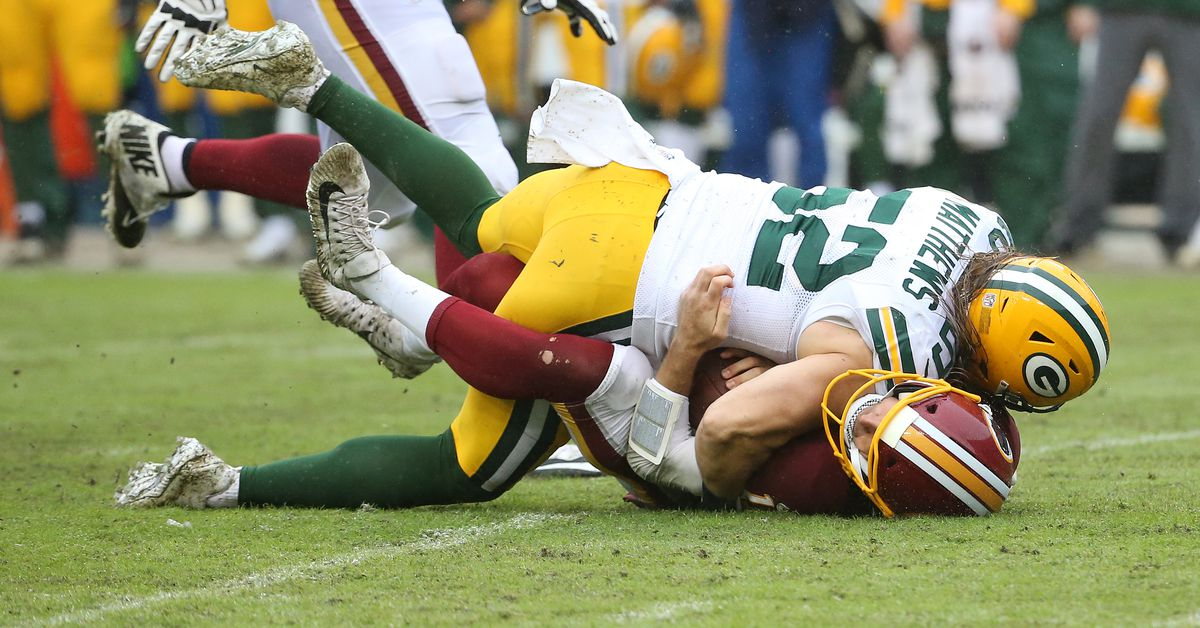 The NFL's controversial new roughing the passer rule, explained in a 3-minute read
