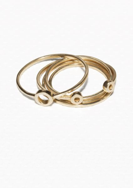 Top Buys: Oversized Rings