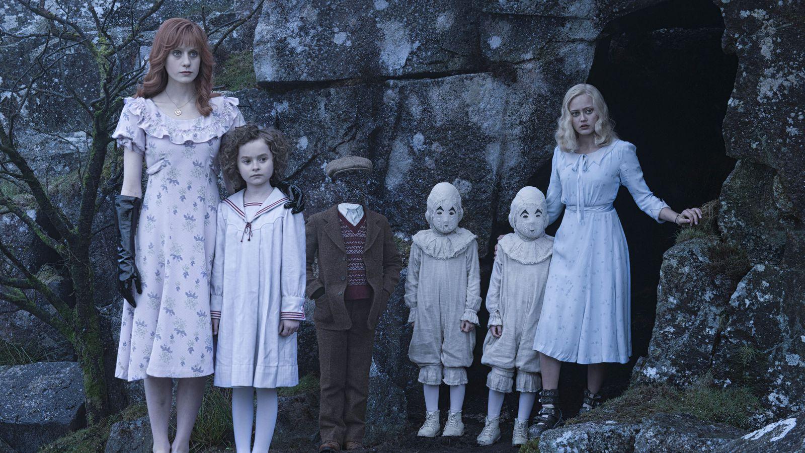 Фото оливии из дом странных детей