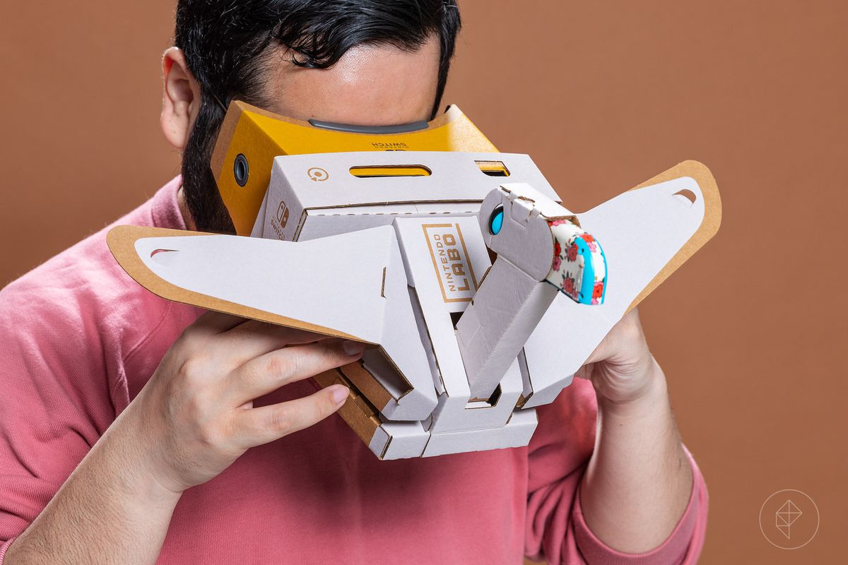 Nintendo Labo VR Kit - Jeff playing with the Toy-Con Bird
