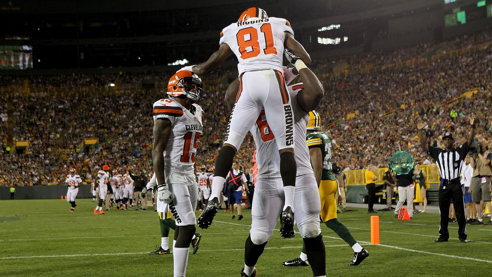 Gettyimages Browns Offensive Snap Counts Stats Packers