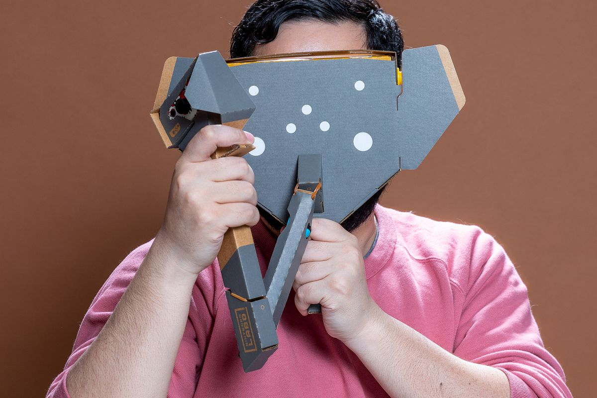 Nintendo Labo VR Kit - Jeff using the Elephant Toy-Con