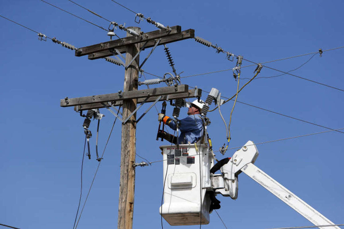 Rocky Mountain Power is offering a free kit to customers seeking to save on energy costs.