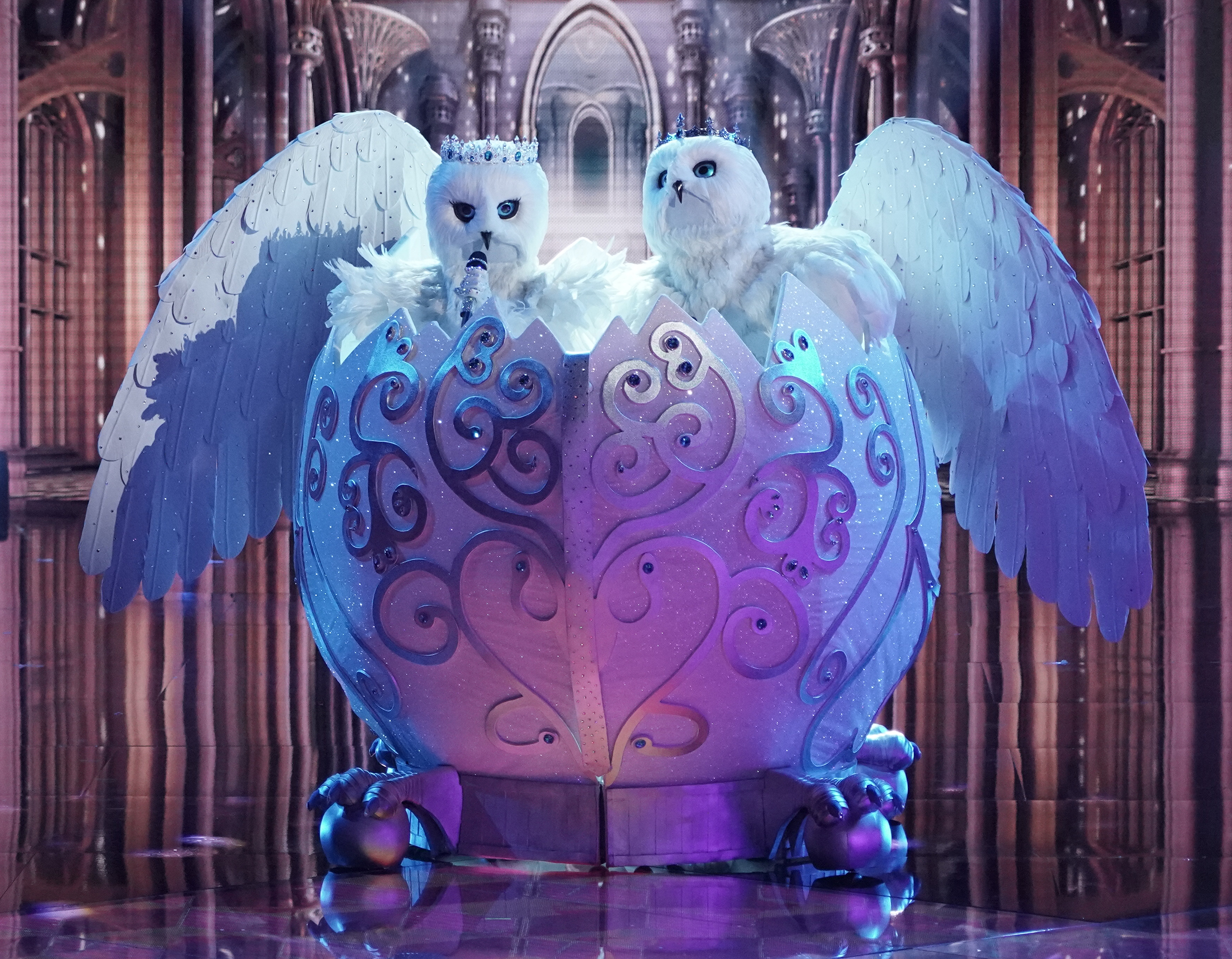 The Snow Owls in the 'The Group A Play Offs - Famous Masked Words' episode of THE MASKED SINGER airing Wednesday, Oct. 7.