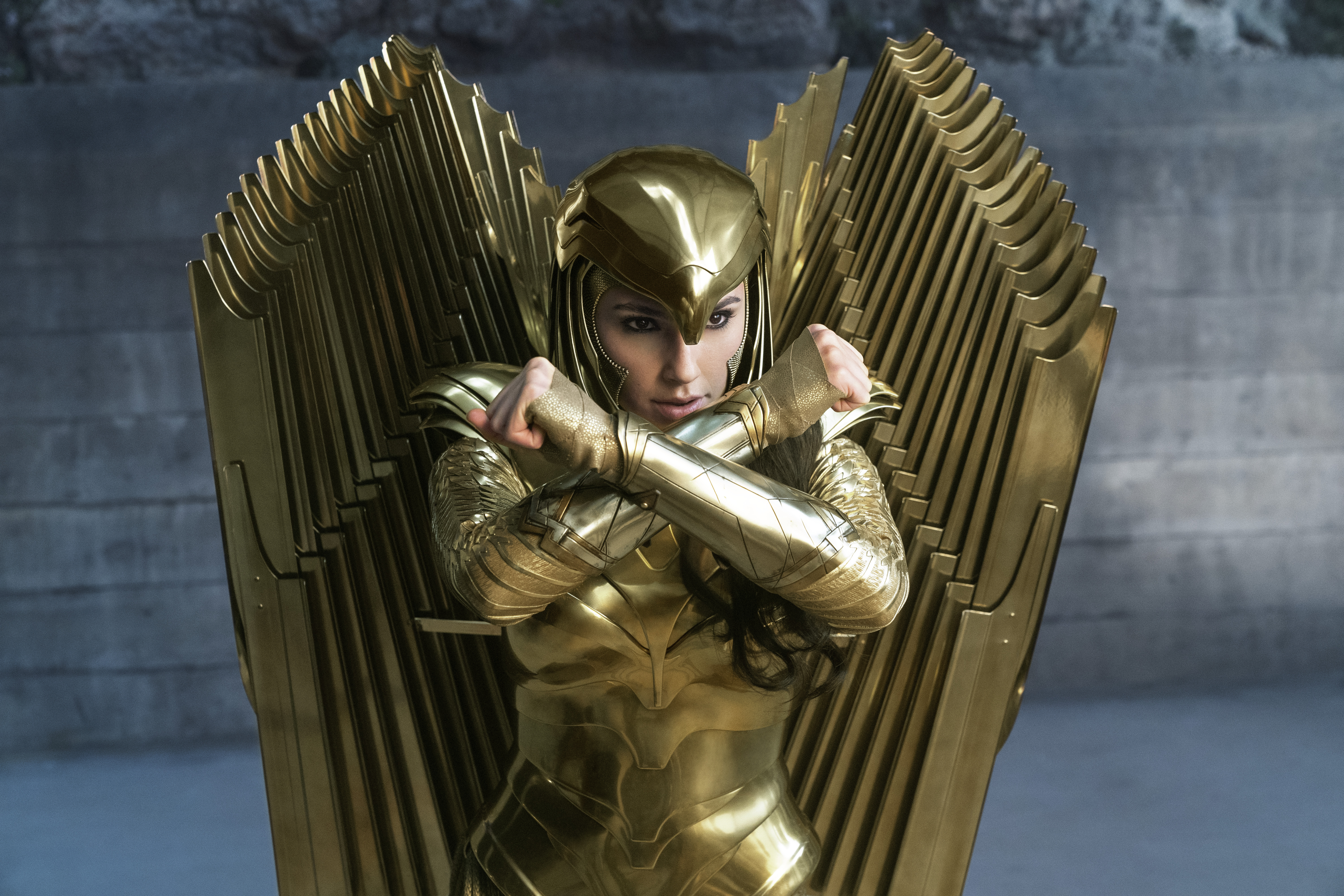 wonder woman in eagle armor from wonder woman 1984