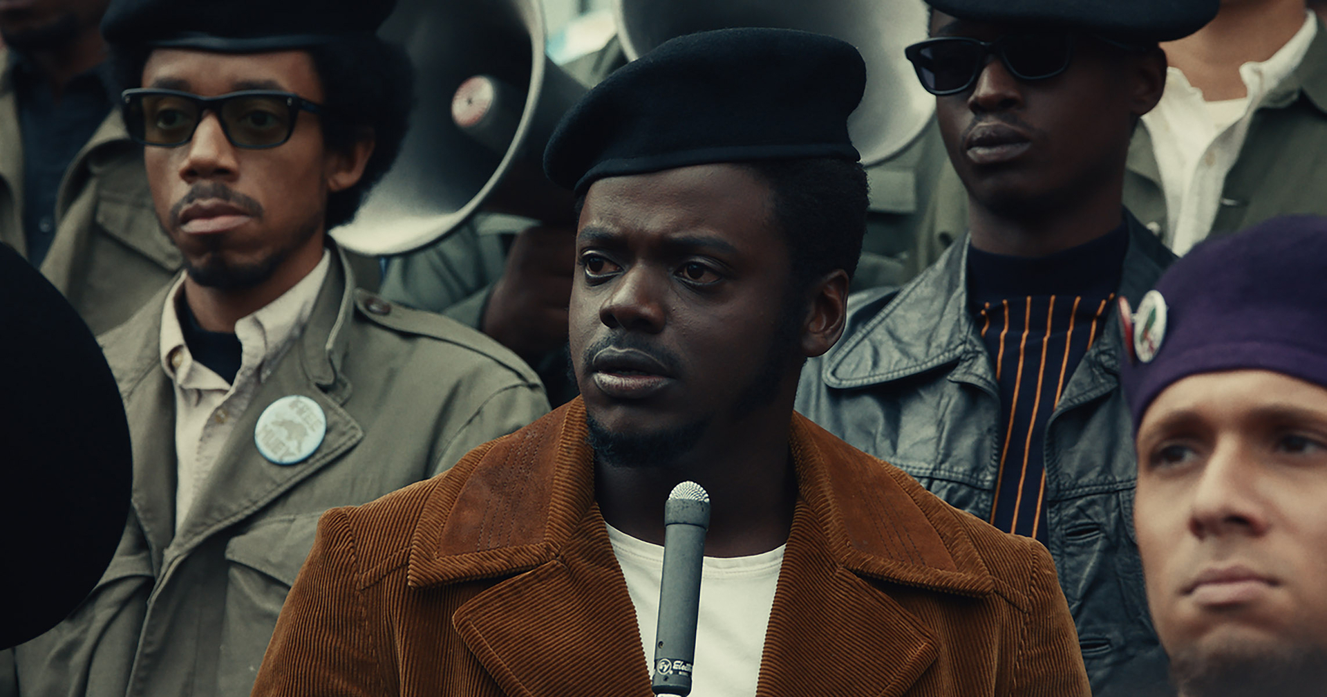 Daniel Kaluuya in a black beret in Judas and the Black Messiah