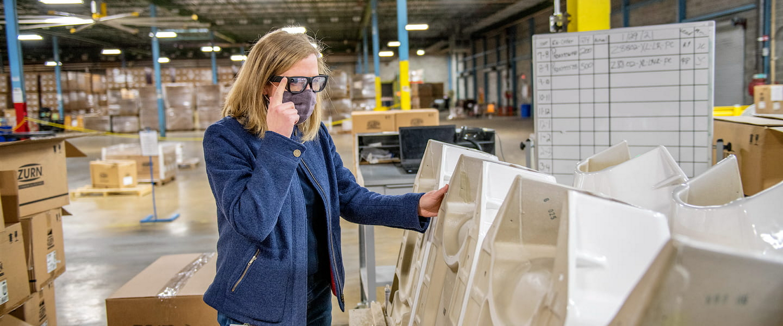 Woman using Google Glass Enterprise Edition 2