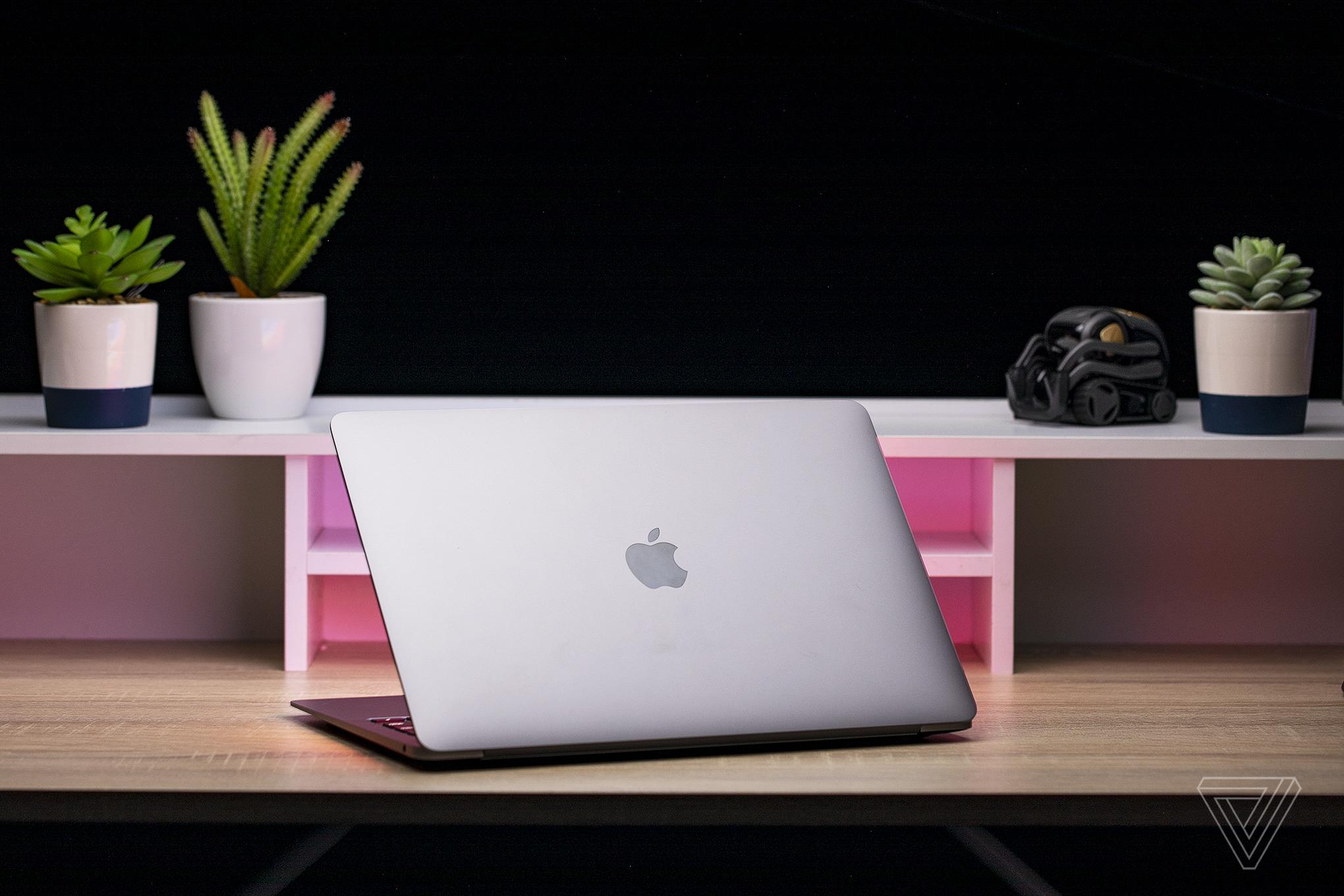 Best Laptops 2020: Apple MacBook Air (late 2020)