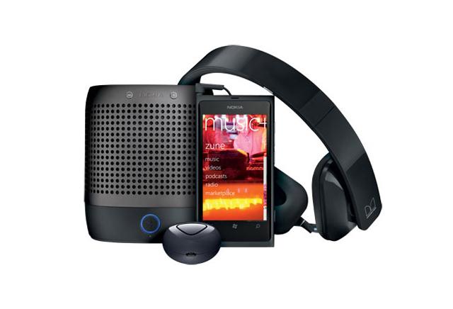 Nokia Lumia 800 Entertainment Bundle