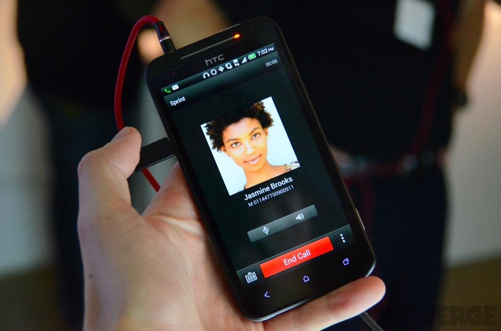 HTC Evo 4G LTE phone call