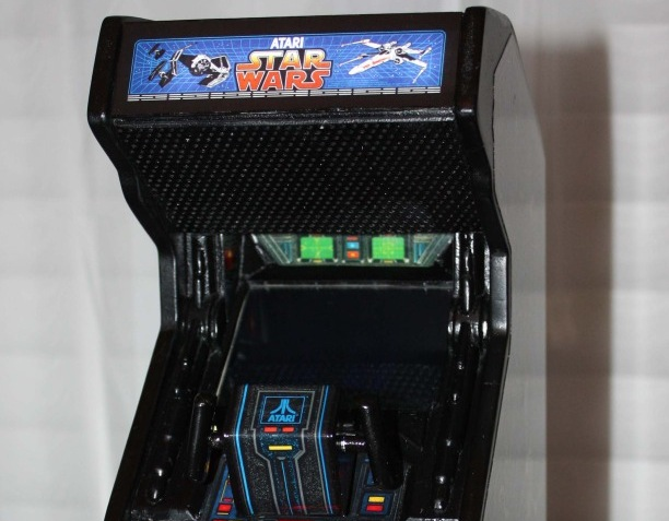 Mini Star Wars arcade machine