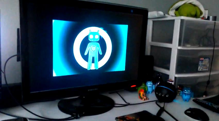 CyanogenMod on Nexus Q
