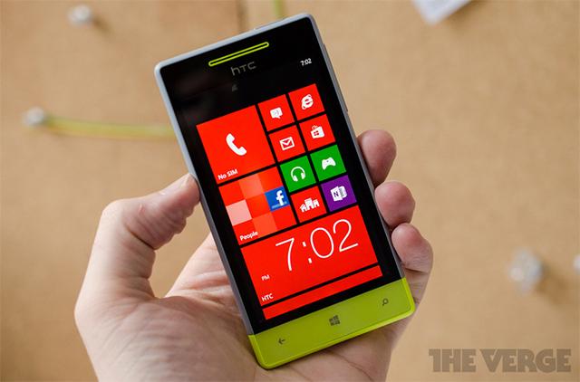 HTC 8S hero