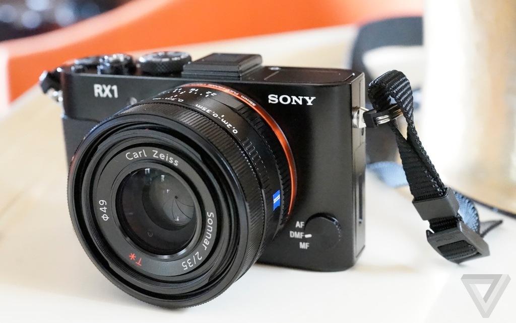 Sony RX1 stock 1024
