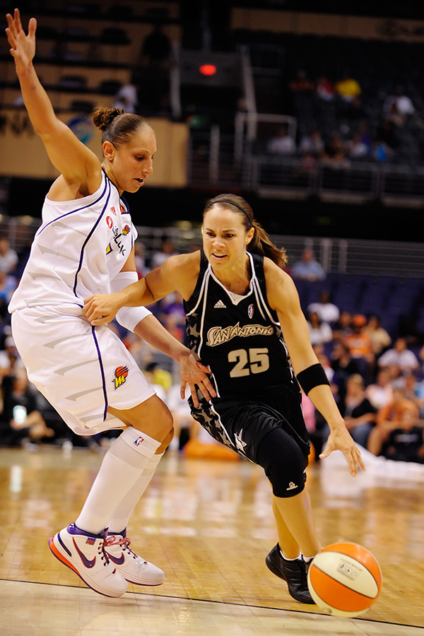 Diana Taurasi was matched up against the league's leading scorer, Becky Hammon and held her to only 7 points as the Mercury defeated the Silver Stars 95 to 83. Phoenix, AZ. August 13, 2009. Photo by Max Simbron