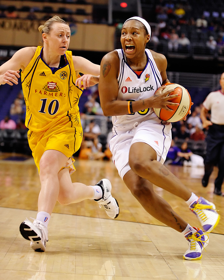 When Cappie Pondexter puts the ball on the floor she puts fear into her opponents hearts. The Mercury face the Sparks in the final game of the regular season on Sunday, September 13th.