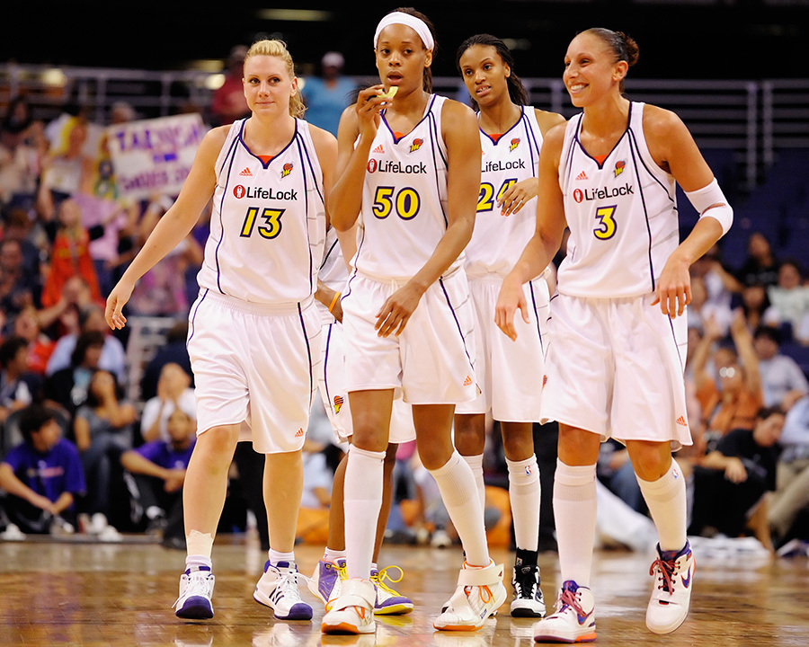 The Phoenix Mercury look to their 1st round playoff match up with the San Antonio Silver Stars.