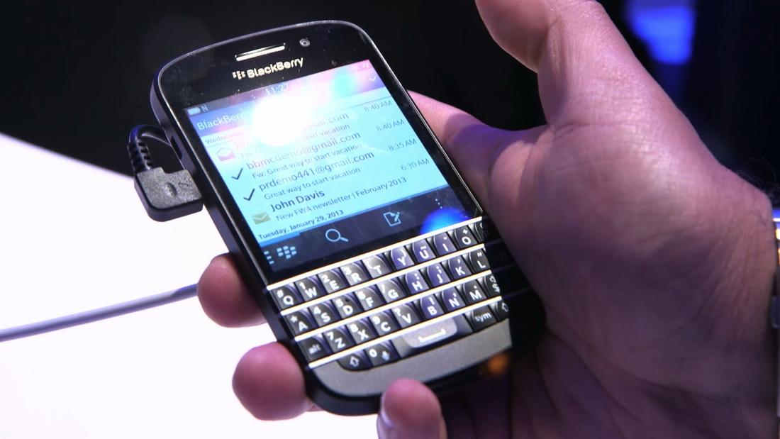 BlackBerry Q10 hands-on still
