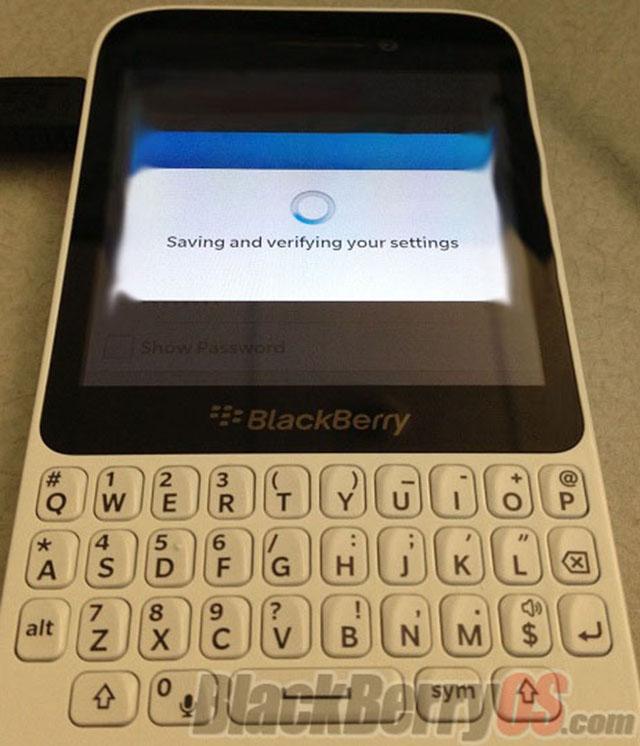 Q10 | BlackBerry - The Verge