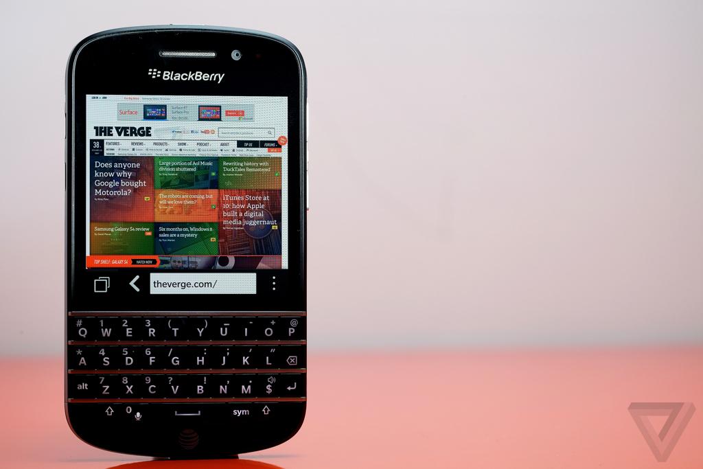 BlackBerry Q10 hero (1024px)