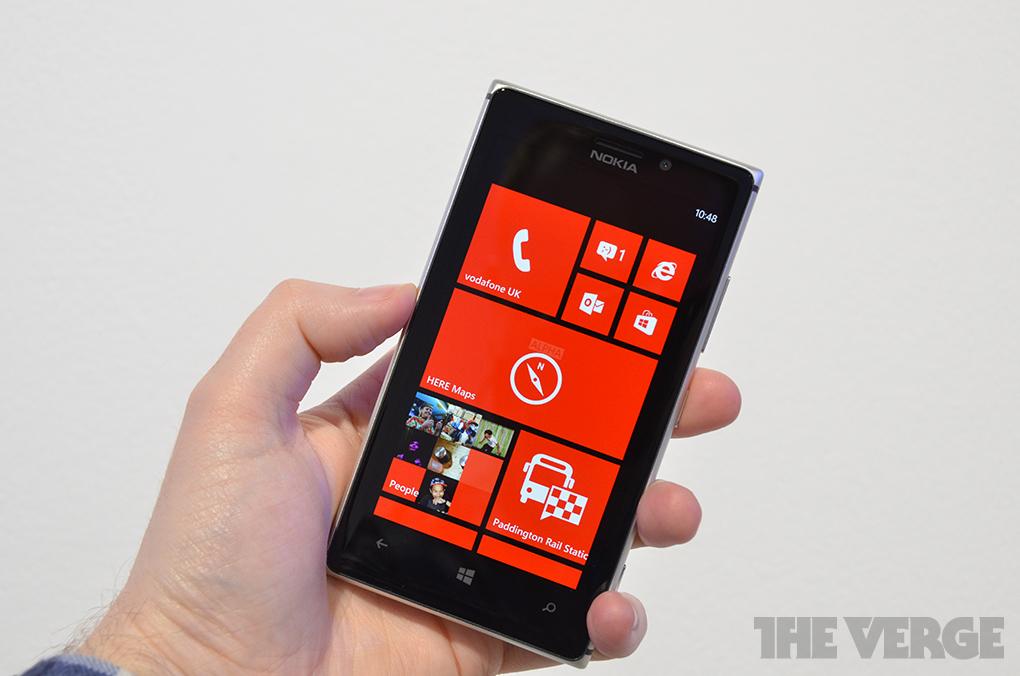 Gallery Photo: Nokia Lumia 925 hands-on gallery