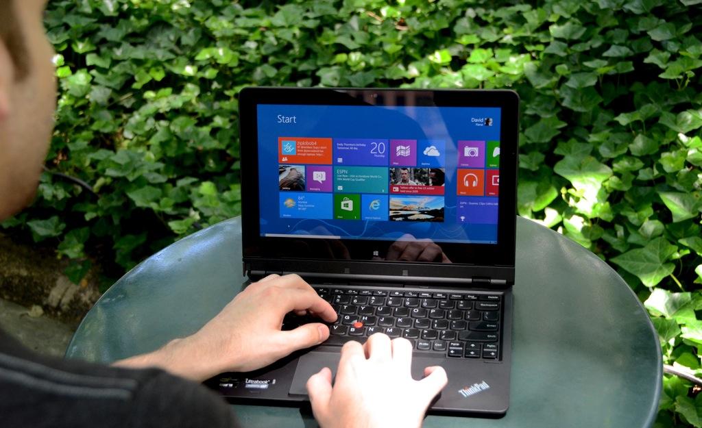 Lenovo ThinkPad Helix hero (1024px)
