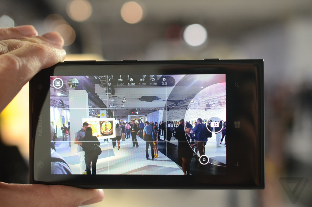 Gallery Photo: Nokia Lumia 1020 hands-on photos