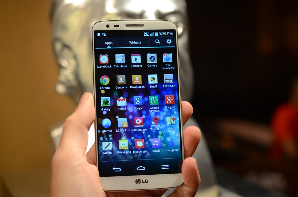 Gallery Photo: LG G2 hands-on pictures