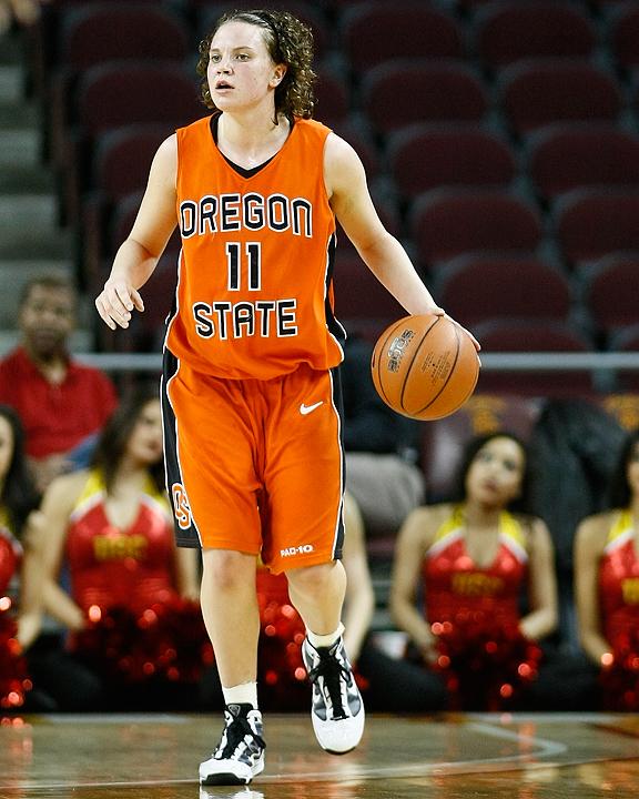 "Oregon State guard Talisa Rhea will be transferring to Seattle University. Rhea will redshirt the 2010-11 season. <em>(Photo by <a href=""http://www.photoshelter.com/c/112575"" target=""new"">Craig Bennett/112575 Media</a>)</em>"
