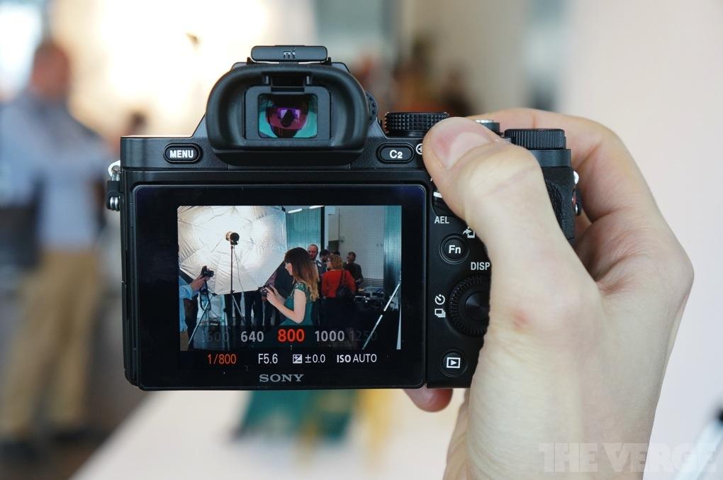 Gallery Photo: Sony Alpha 7 and Alpha 7R hands-on photos