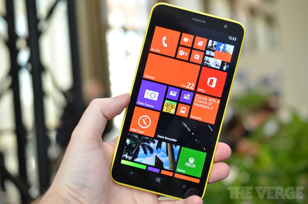 Gallery Photo: Nokia Lumia 1320 hands-on photos
