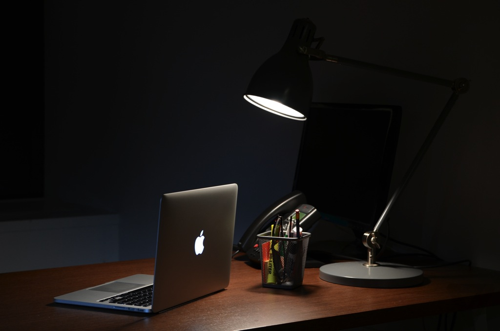 13-inch MacBook Pro with Retina display 1024px