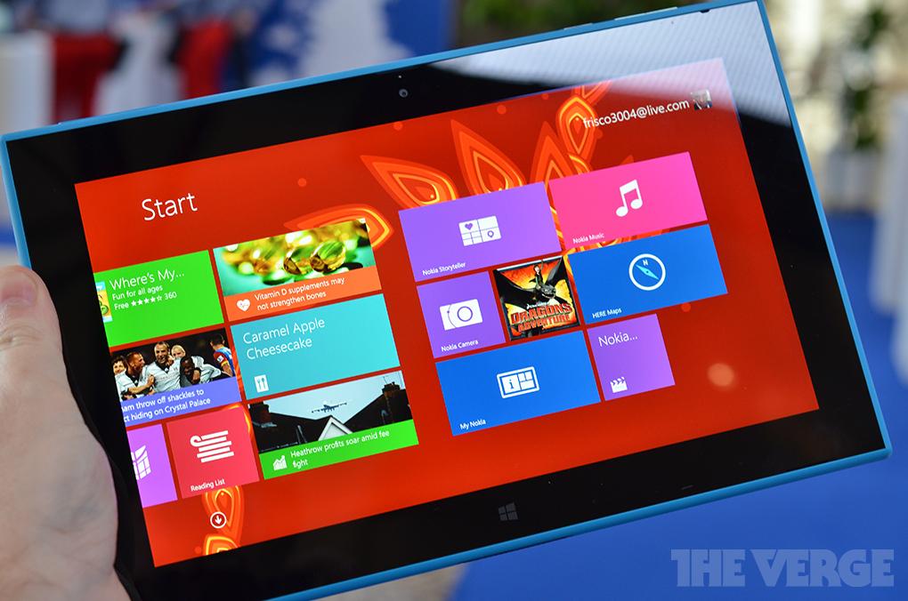 Lumia 2520 2