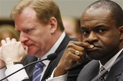Rodger Goodell and NFLPA Executive Director DeMaurice Smith