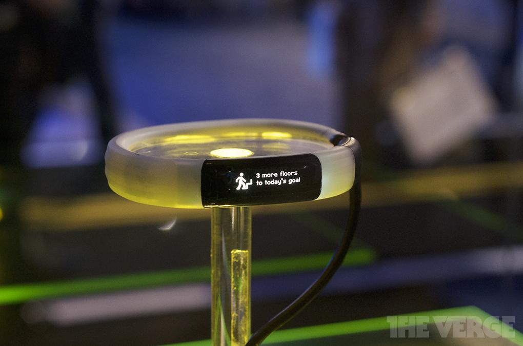 Gallery Photo: Razer Nabu smartband hands-on images