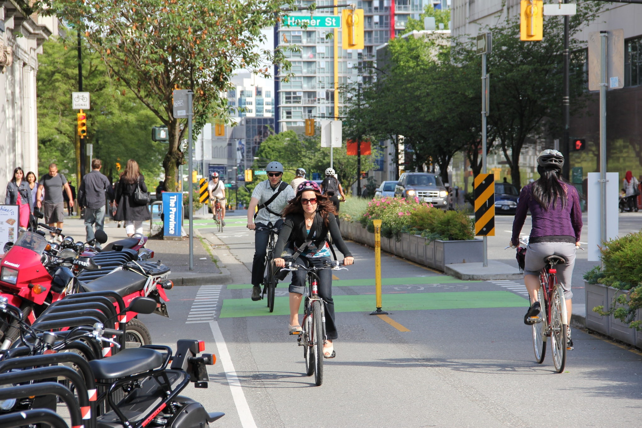 Carpool Lane Rules >> Should bikes and cars share the same road — and the same
