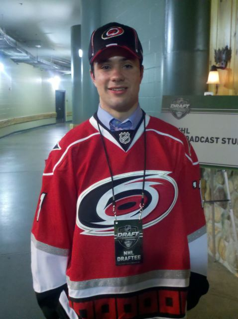 Ryan Murphy poses after being selected by the Carolina Hurricanes at number 12.