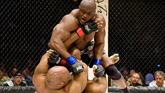 Bobby Lashley defeats Bob Sapp at the headlining event of FFI: Ultimate Chaos. The former WWE star signed a new three-fight deal with Texas-based Shark Fights.