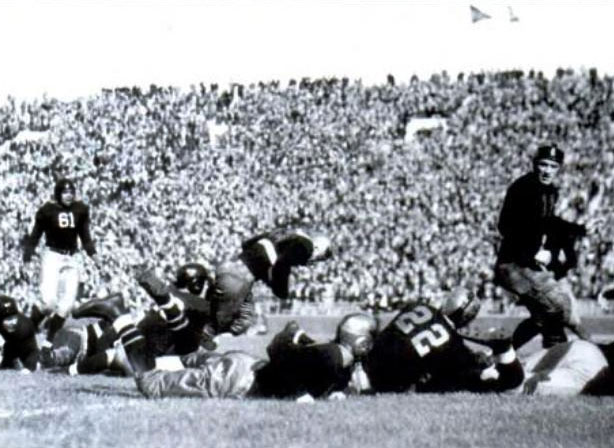 Michigan State donned black and gold uniforms to take on Michigan in Ann Arbor in 1934.