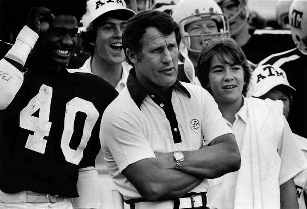 Emory Bellard on the sideline of Texas A&M in 1975. Photo Associated Press.