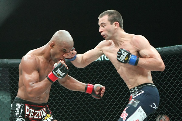 Ed West (right) punches Luis Alberto Nogueira at Bellator 51. (Photo by Keith Mills via Sherdog.com)