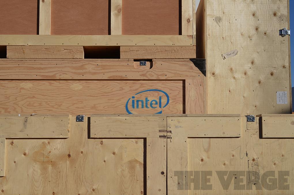 Intel Logo Crate Stock 1020