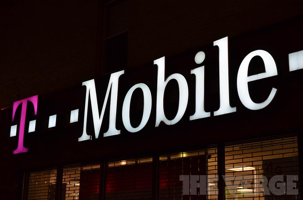 T-mobile store logo (1020)