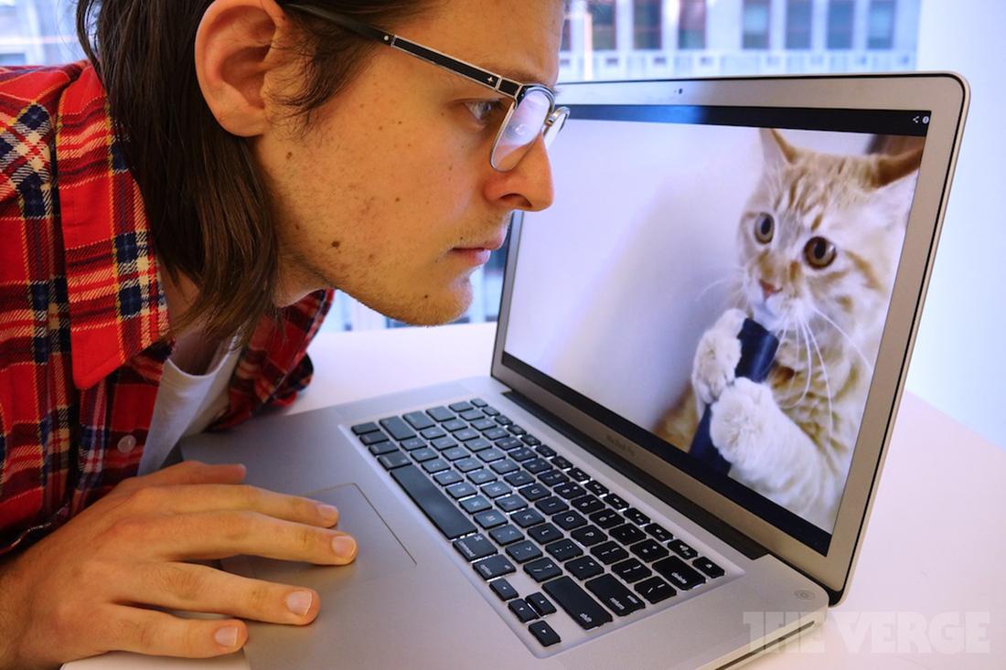 """via <a href=""""http://assets.sbnation.com/assets/2572239/paul-miller-vacuum-kitty1_2040.jpg"""">assets.sbnation.com</a>"""