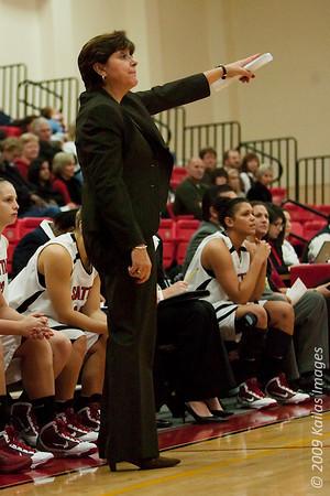 "Seattle University coach Joan Bonvicini looks to direct her team to the top 25 in three years. (via <a href=""http://jlindstr.smugmug.com/photos/702907557_oGQWa-M.jpg"">jlindstr.smugmug.com</a>)"