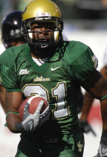 """Trae Williams (2004-07) returning an interception for a touchdown against Cincinnati in 2007. Williams just missed making the top 15. via <a href=""""http://assets.sbnation.com/assets/15470/Picture_11.png"""">assets.sbnation.com</a>"""