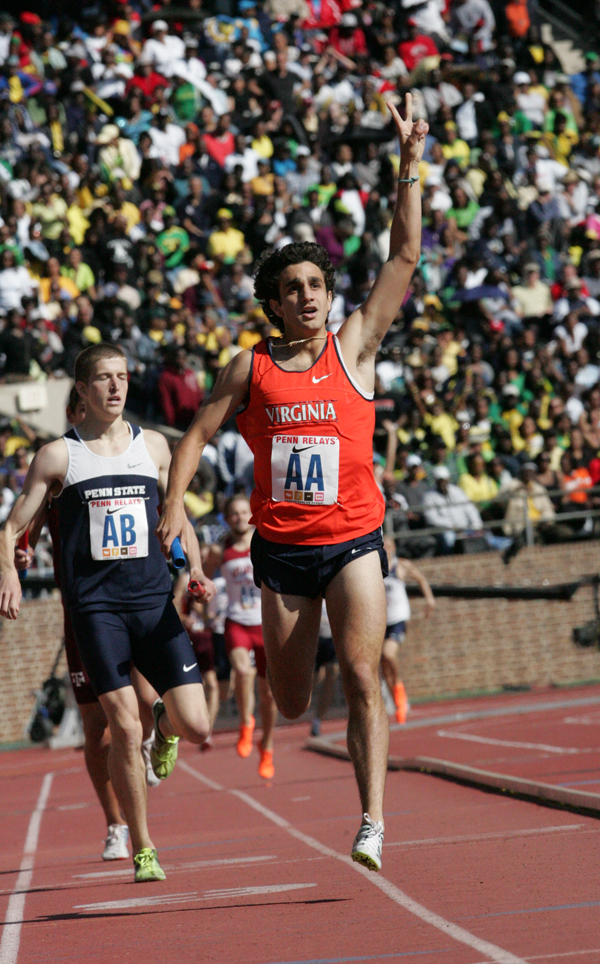 Robby Andrews anchors the 4x800m relay team en route to their second straight title. (Photo Kim Spir)