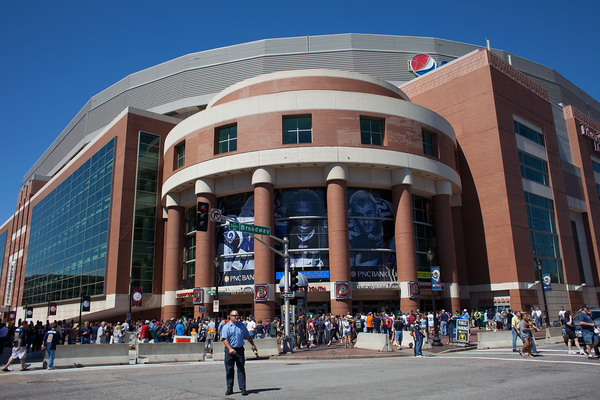 The St. Louis Rams reportedly want a retractable roof on the Edward Jones Dome. How much will it cost and how will they pay for it?
