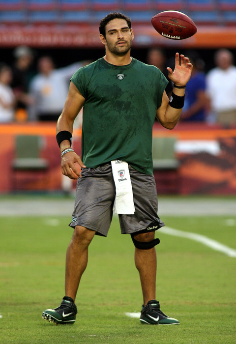 MIAMI - SEPTEMBER 26:  Quarterback Mark Sanchez #6 of the New York Jets warms up prior to playing the Miami Dolphins at Sun Life Stadium on September 26 2010 in Miami Florida.  (Photo by Marc Serota/Getty Images)
