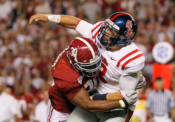 TUSCALOOSA AL - OCTOBER 16:  Dont'a Hightower #30 of the Alabama Crimson Tide pressures quarterback Jeremiah Masoli #8 of the Ole Miss Rebels at Bryant-Denny Stadium on October 16 2010 in Tuscaloosa Alabama.  (Photo by Kevin C. Cox/Getty Images)